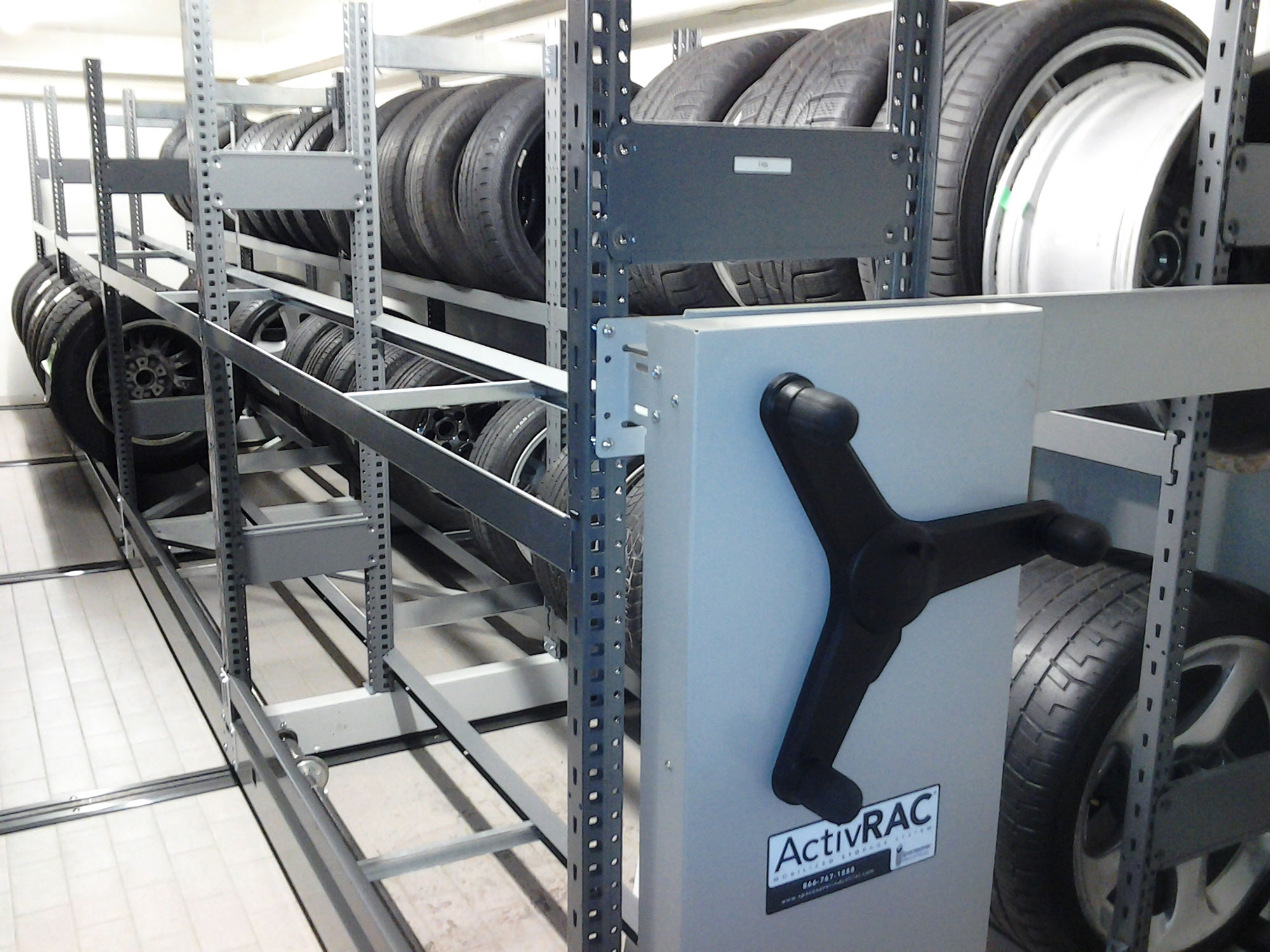 Using ActivRAC for tire storage