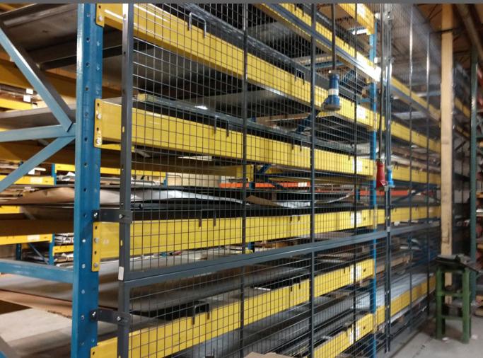 Metal Pallet rack enclosures