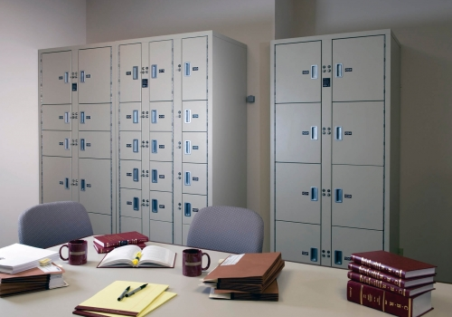 Non-Pass Thru evidence lockers at Baker McKenzie Law Office Toronto