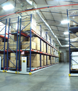 Mobile warehouse racking on ActivRAC 16P