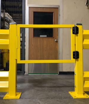 guardrail-hinged-door